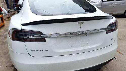 Tesla Model S Boot Lid Spoiler