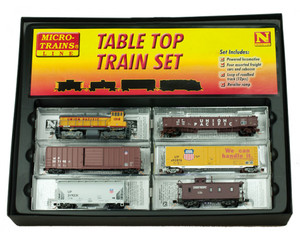 MICRO-TRAINS 993 03 310 N UP SW 1500 TABLE TOP SET