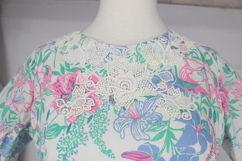 Vintage Lilly Pulitzer Cotton Floral Dress with White Lace Applique