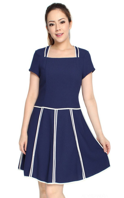 Square Neck Contrast Trim Dress