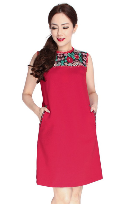 Embroidery Panel Shift Dress - Crimson