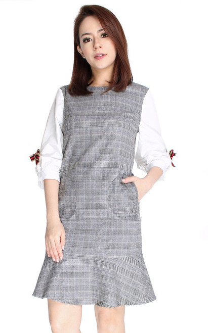 Puff Sleeves Checkered Dress