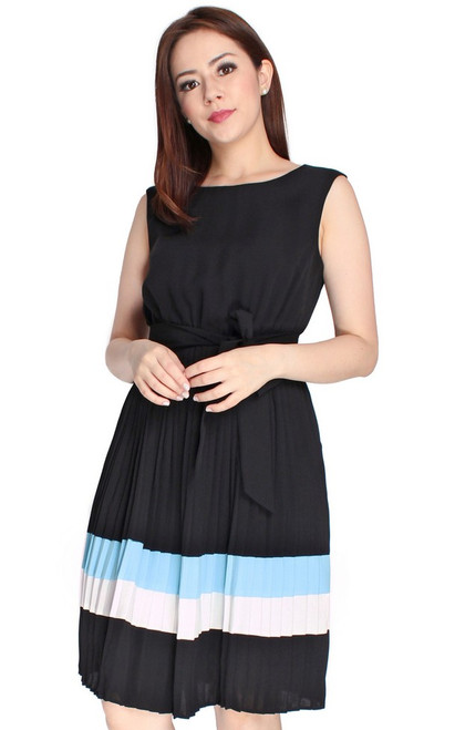 Pleated Colourblock Dress - Black