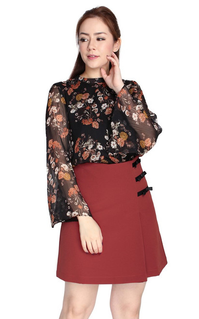 Floral Trumpet Sleeves Top - Black