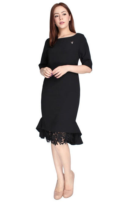 Crochet Flute Hem Dress - Black