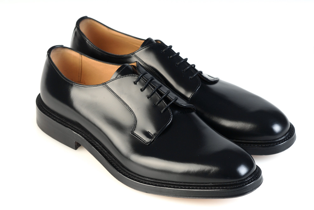STORMONT - Black Polished - F