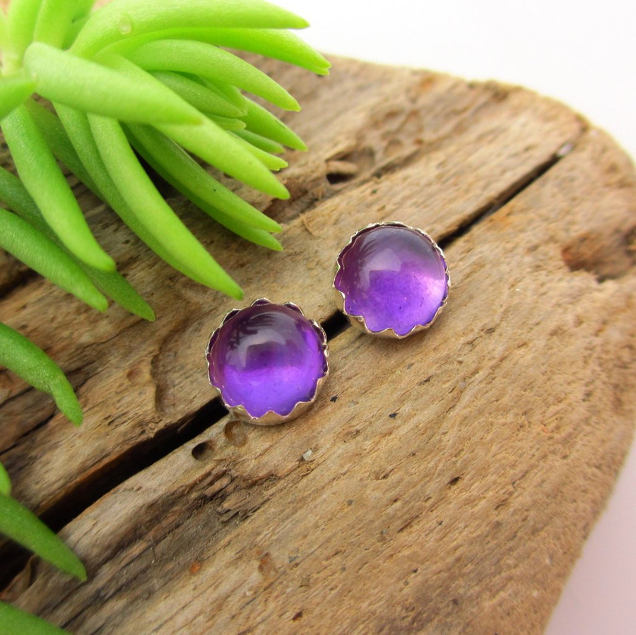Amethyst cabochon stud earrings, Light Brazilian