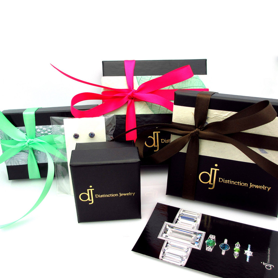 Distinction Jewelry gift boxing