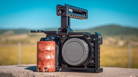 Review of SmallRig Cage Kit 2081 and Accessories for Sony A6500