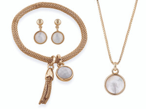 Carnaby Mother of pearl set by Buckley London