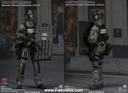 E&S 26017S British Specialist Firearms Command Shieldman