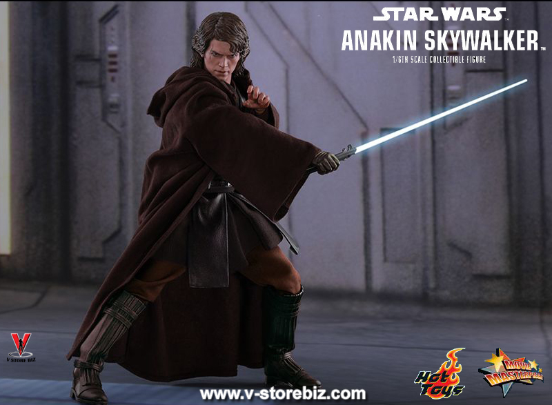 Hot Toys MMS437 Star Wars Episode III Revenge of the Sith Anakin Skywalker