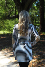 Falling For You Sweater Tunic: Black/Ivory