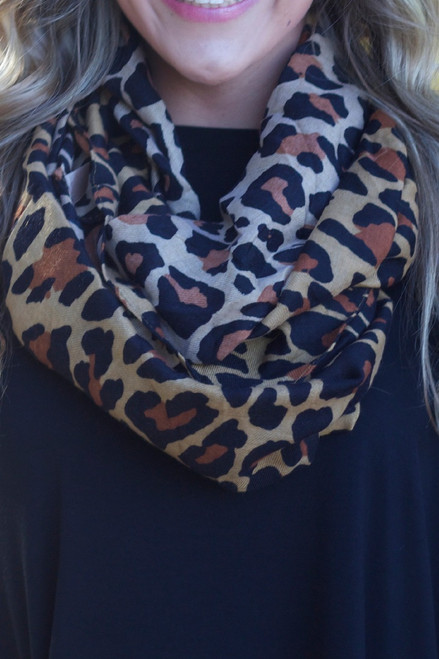 Lead The Way Infinity Scarf: Black