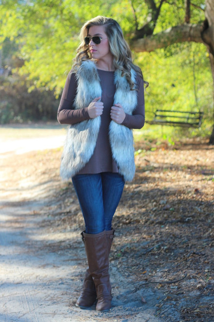 A Winters Day Vest: Cream