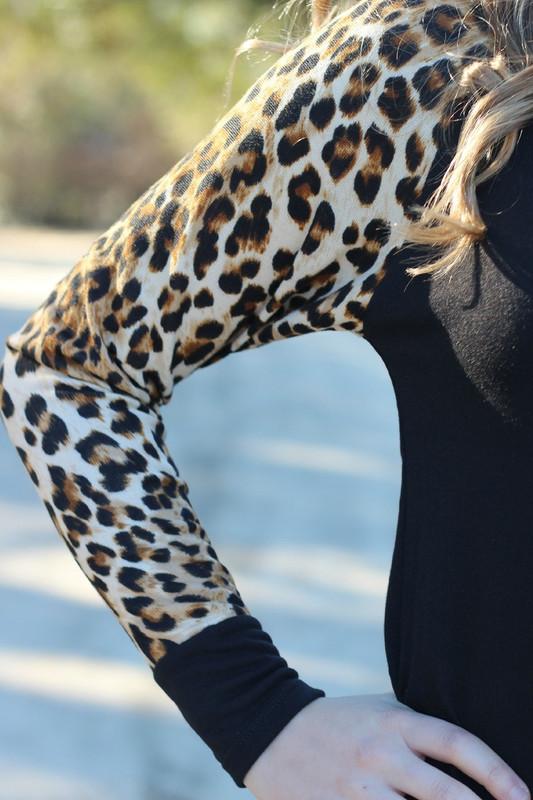 Too Cute In Leopard Top: Black