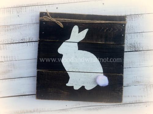 Bunny outline pallet sign