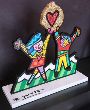 CIRCLE OF LOVE BY ROMERO BRITTO