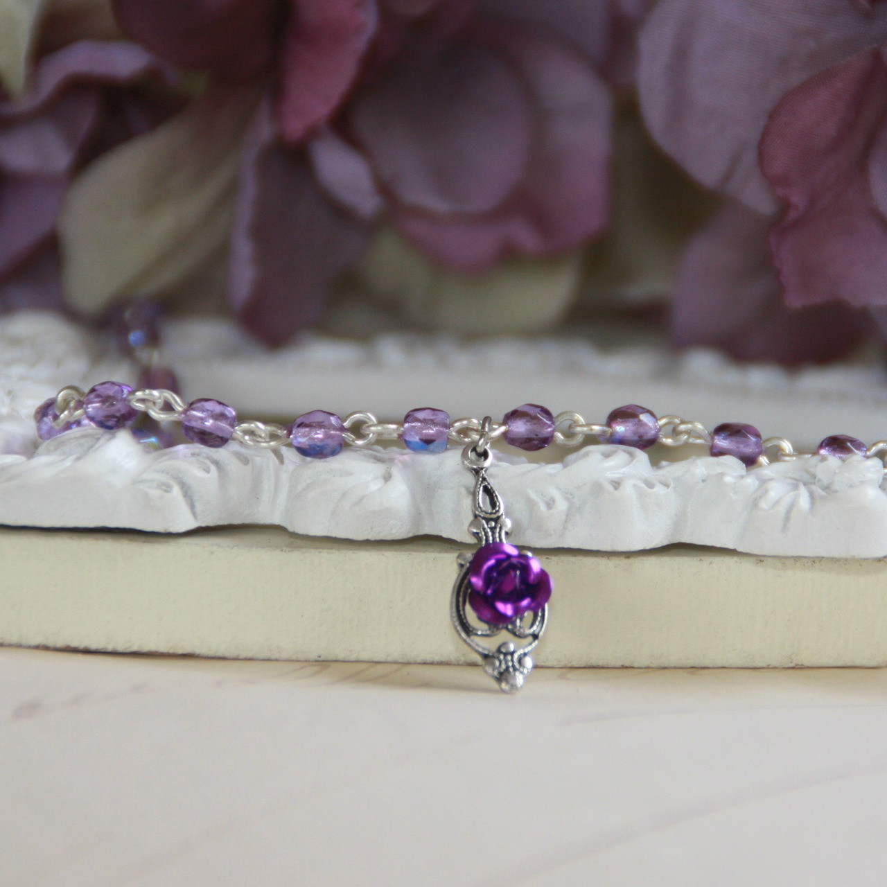 CH-15  Pretty in Purple Beaded Link Necklace