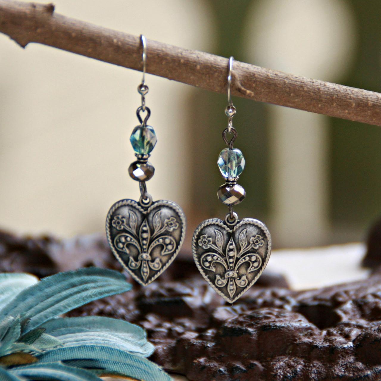 FER-374  Hearts and Fleur de Lis Earrings
