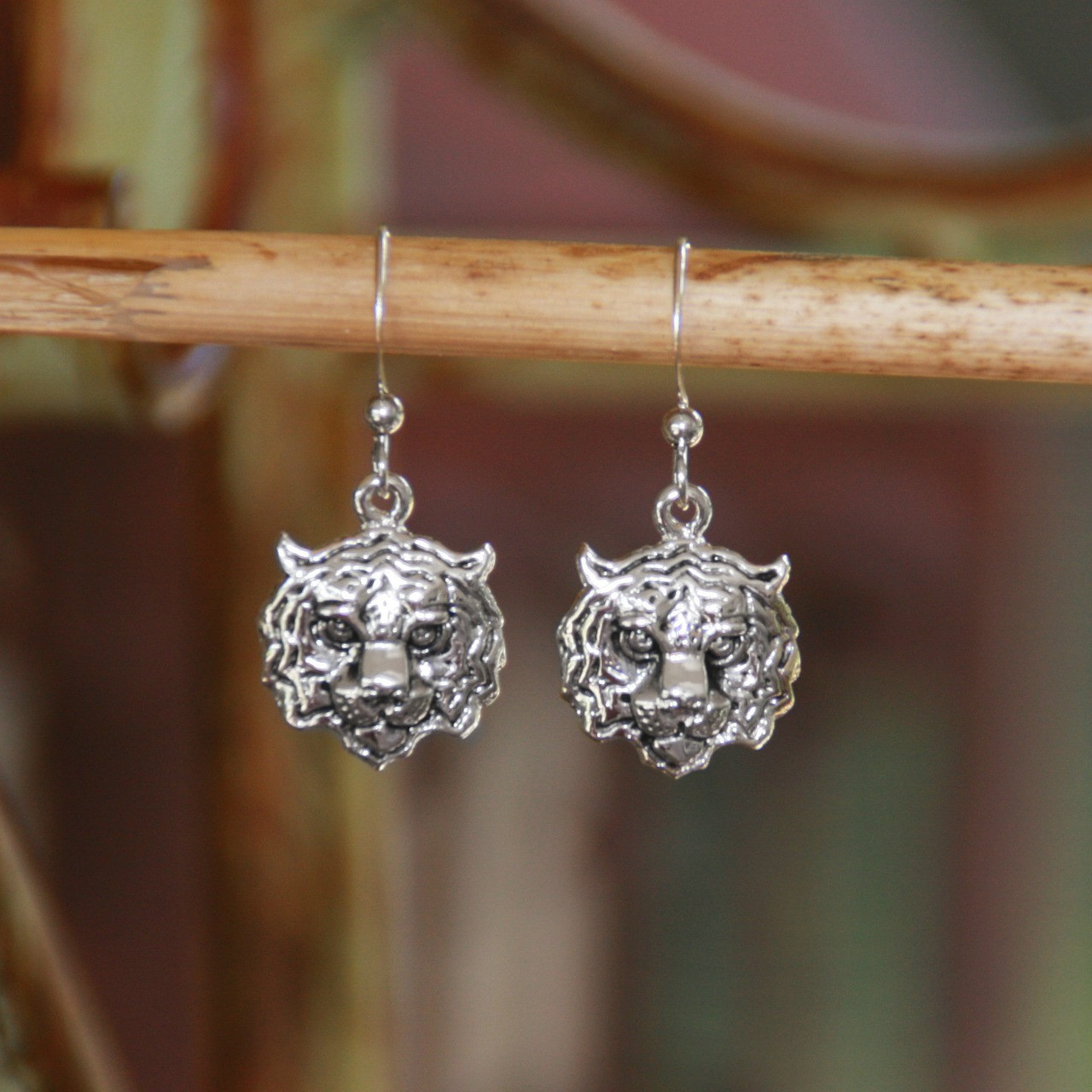 TG-15s Tiger Earrings Silver Finish