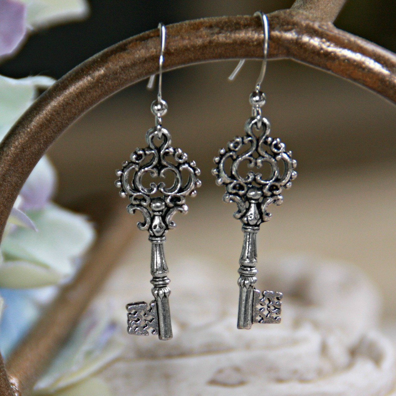 IN-33  Keys to Success Earrings