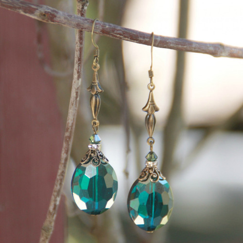 IS-537  Vintage Inspired Earrings