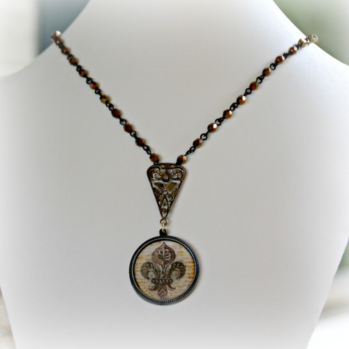 ART-212 Old World Fleur de Lis ART Collection Necklace