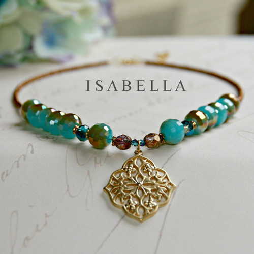 IS-637 Isabella Filagree Pendant Necklace