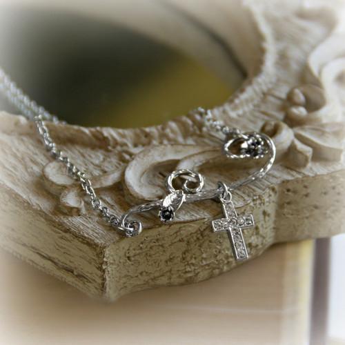 IS-512 Trendy Cross Necklace