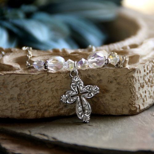 IN-472 Crystals AB and Elegant Cross with Chain Necklace