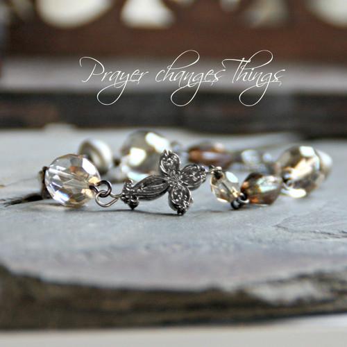 IN-125  Beaded LInk Crystals Cross Bracelet Prayer changes Things