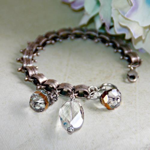 IS-690  Vintage style Crystals drop Charm Bracelet