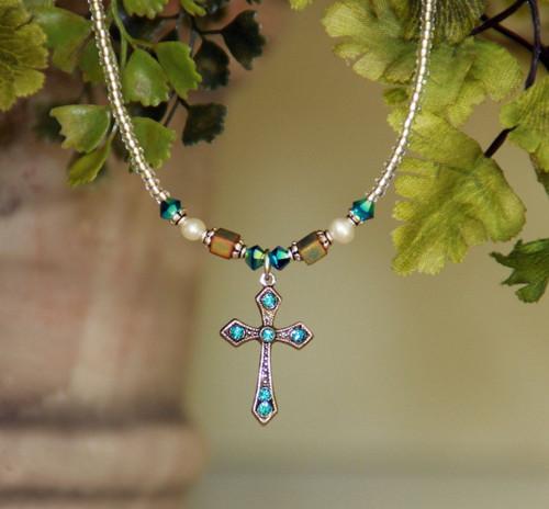 IN-610IN Swarovski Crystal Cross necklace