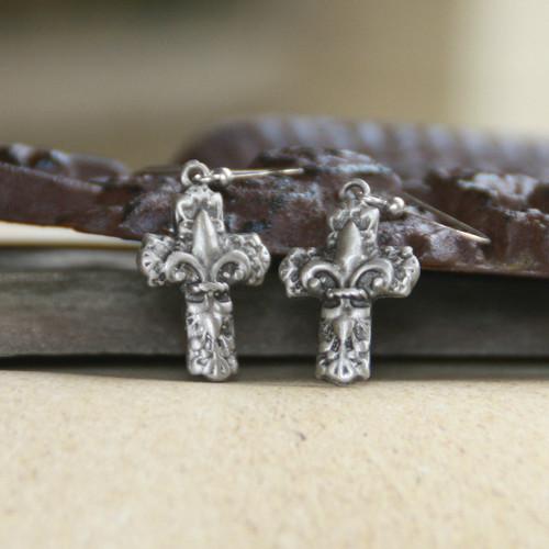 IS-179  Fleur de lis Cross Earrings