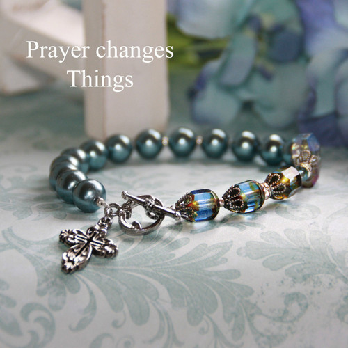 IN-172  Prayer changes Things Pearls and Crystals Bracelet