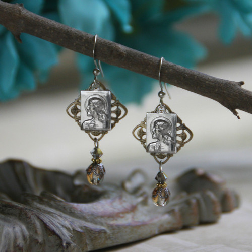 IN-60  Jesus Beautiful Vintage Style Earrings