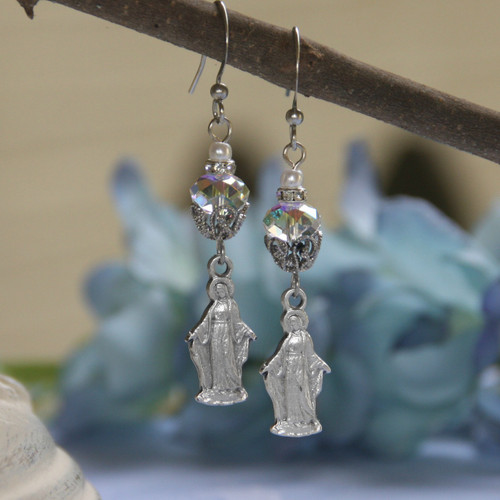 IN-56  Mary Oh So Elegant Dangle Earrings