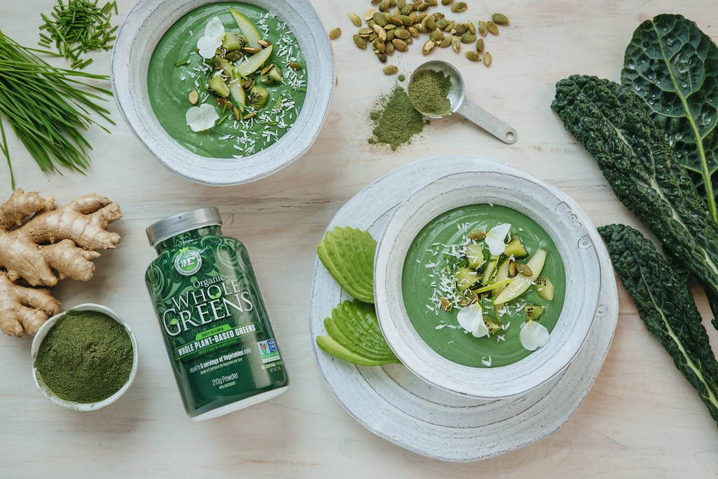 Add These Green Super Powders to Your Meals for a Healthy Boost