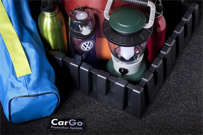 Vw Tiguan Cargo Mat with Organizing Blocks