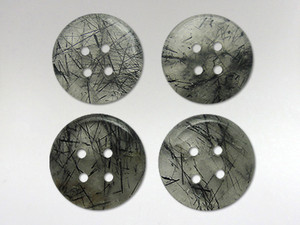 Buttons 20mm - Quartz Tourmalinated