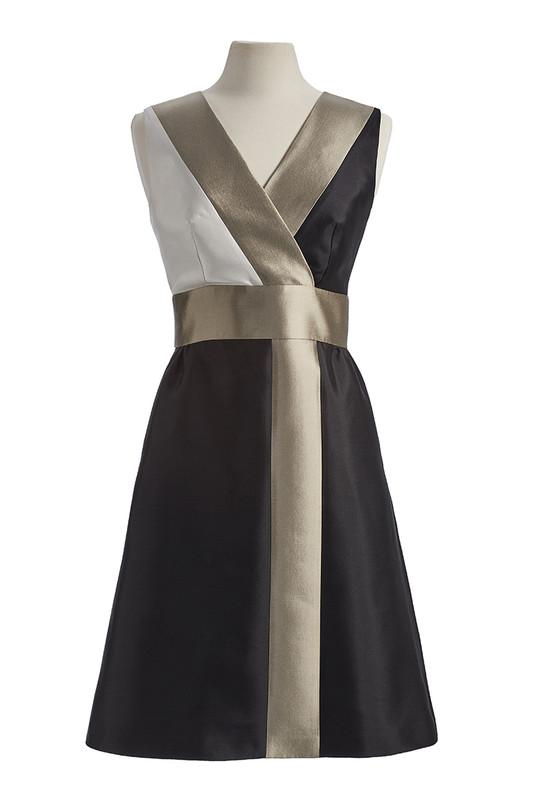 The Sinclair Dress front — Noir