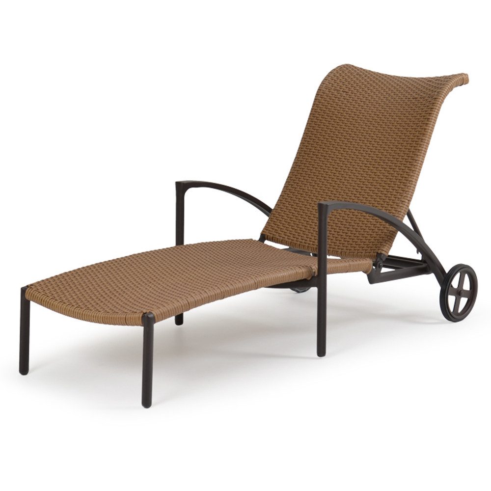 3209 Adjustable Chaise Lounge