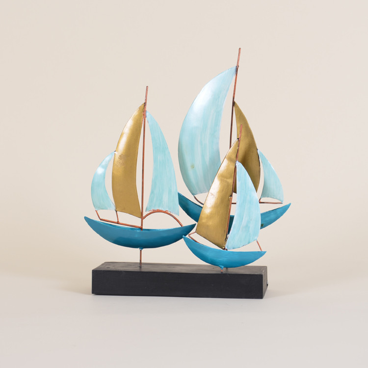 11-080 Metal Sailboats On Stand