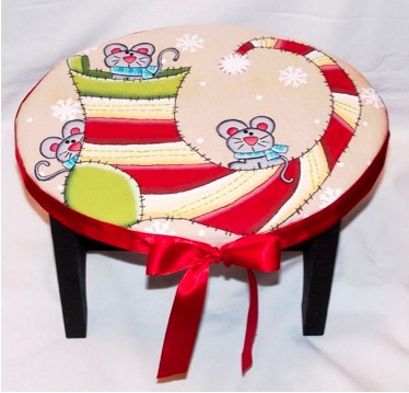 Christmas Mice Footstool - E-Packet - Cheryl Nuccio