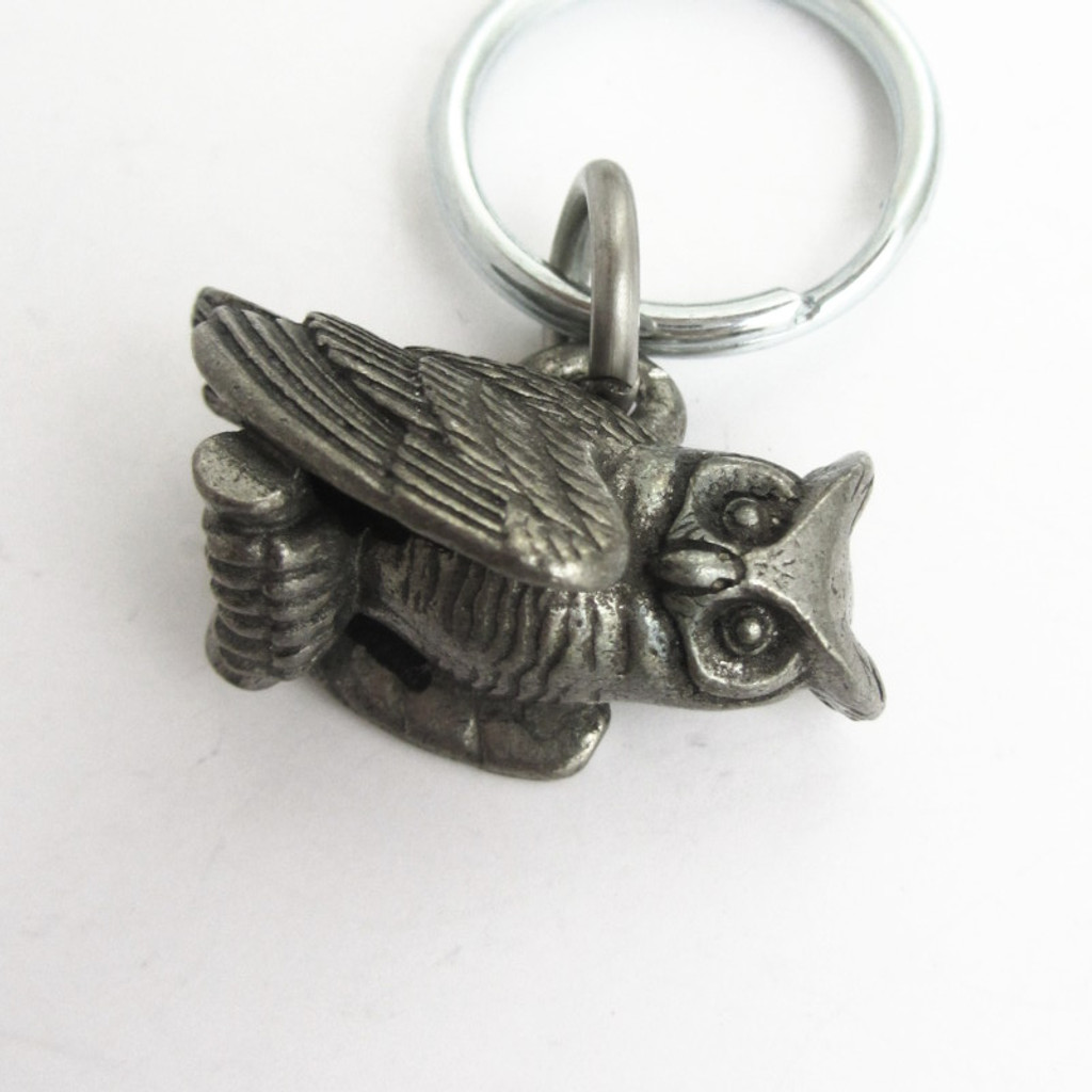 great horned owl keychain