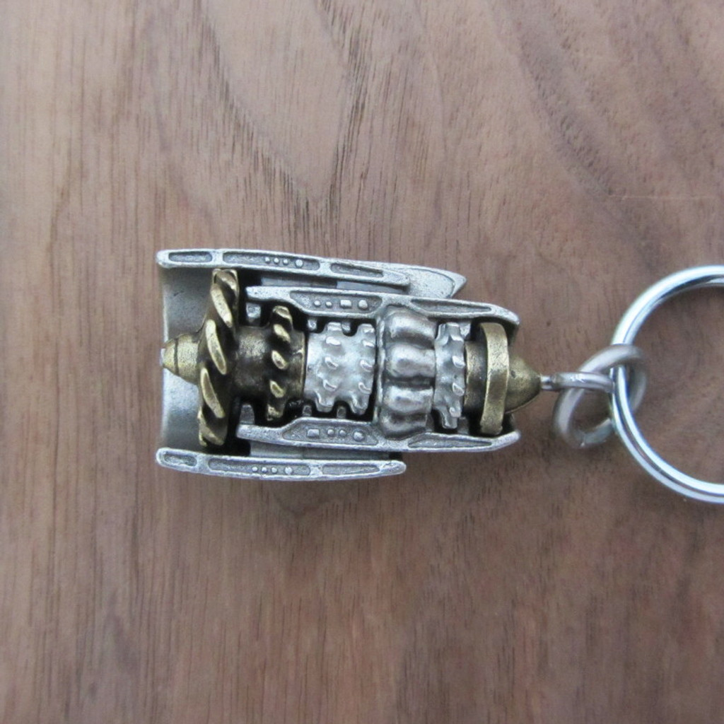 Turbofan-jet-engine-keychain