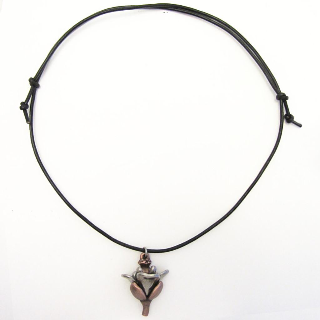 Arabidopsis flower necklace