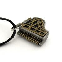 grand piano locket
