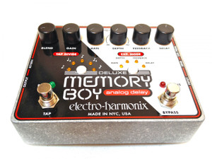 Electro Harmonix    Deluxe Memory Boy  Analog delay with tap tempo